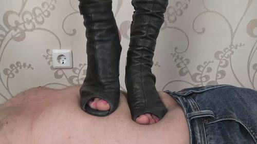 Emily - schoolgirl boots trampling Full HD