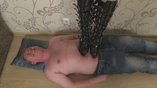 Eva - boots trampling Full HD