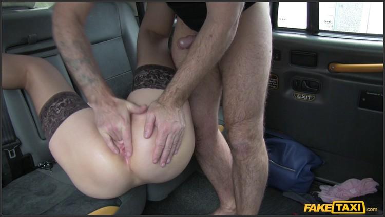 порно заставить лизать сесть на лице