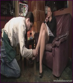 FFS-014 - Mistress Larissa - Worshiping Larissa's Shoes And Feet