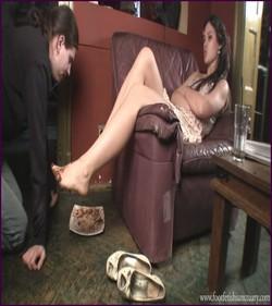 FFS-025 - Mistress Amanda - Shoes, Feet And Chocolate Cake
