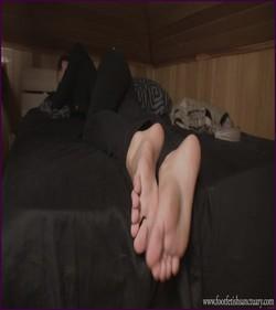 FFS-029 - Mistress Maria - Sleepy Feet