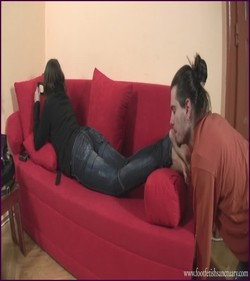 Name: FFS-036 - Goddess Jessica - Feet Care On The Red Bad |
