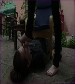 FFS-065 - Goddess Eerica - Make My Feet Spotless!