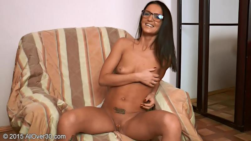 [AllOver30] Barbie N (13.05.2015) [Mature, Interview, Natural Tits, Solo, Posing, 720p]