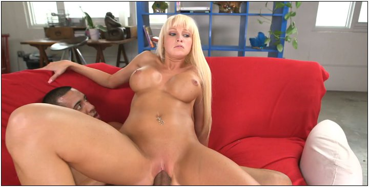 [BigTitCreamPie / BangBros] Rikki Six (RIkki Six Loves Dick On A Rainy Day / btcp11393 / 14.04.13)