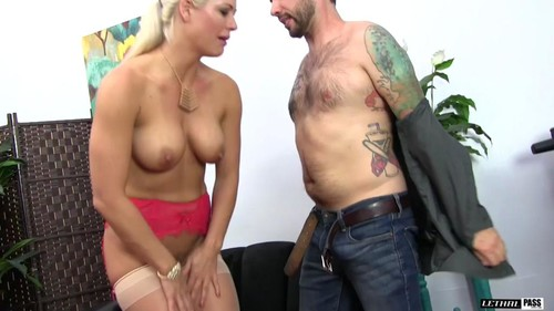 Lh Long Leggy Blonde Holly Heart Sucks Tommy S Cock Dry Hd